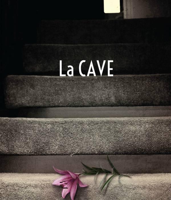 La cave, un livre de Natasha Preston